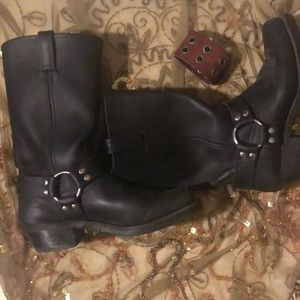 Frye cool black biker boots